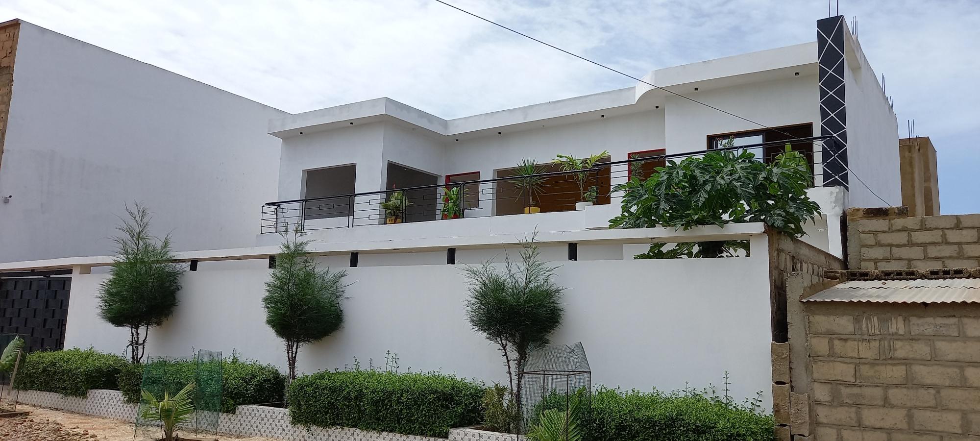 V2804 Villade4chambres en vente à SALY chez www.immobilierlalagnue.com